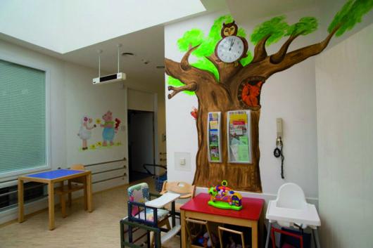 Ausstattung der Stationen: Kindgerecht genesen in fröhlicher Atmosphäre